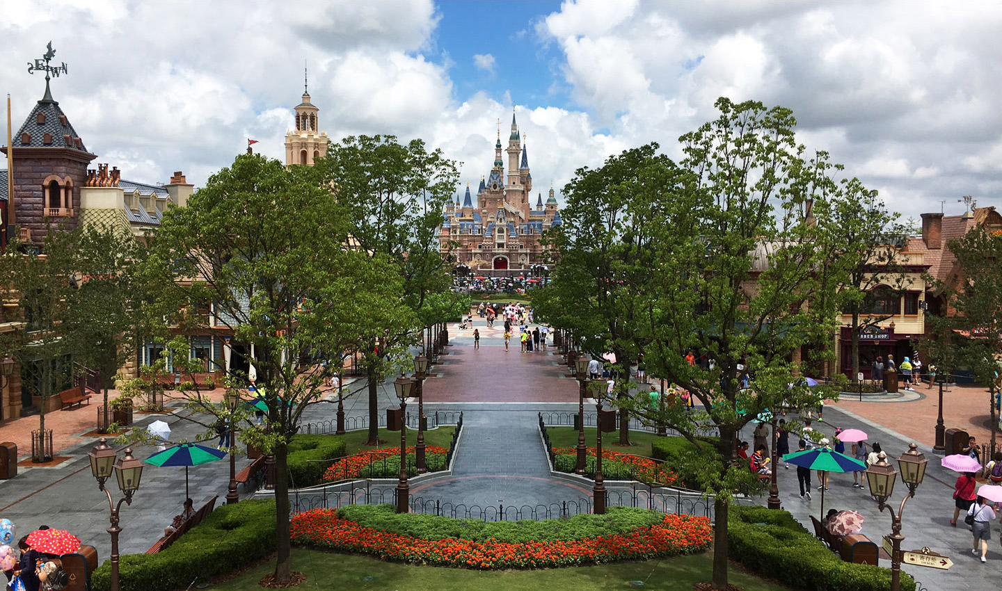 Shanghai Disney Resort - Mickey Avenue and Castle
